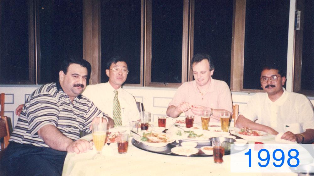 5-1998-Xuat-khau-lo-ghe-sangSingapo.jpg